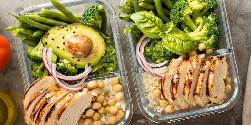 healthy meal box avocado chicken
