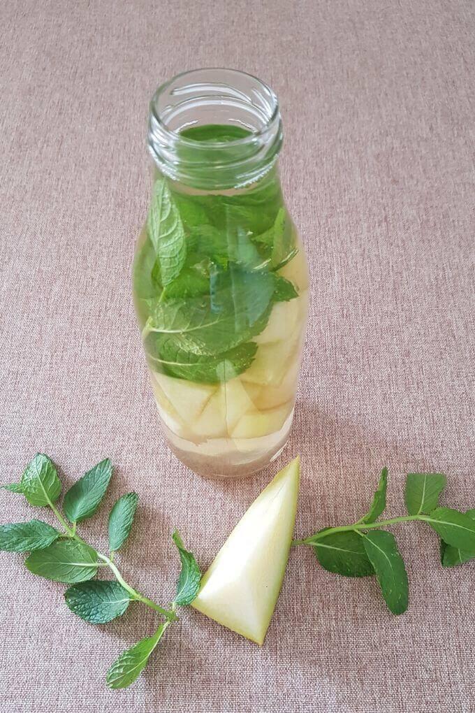 melon mint green tea