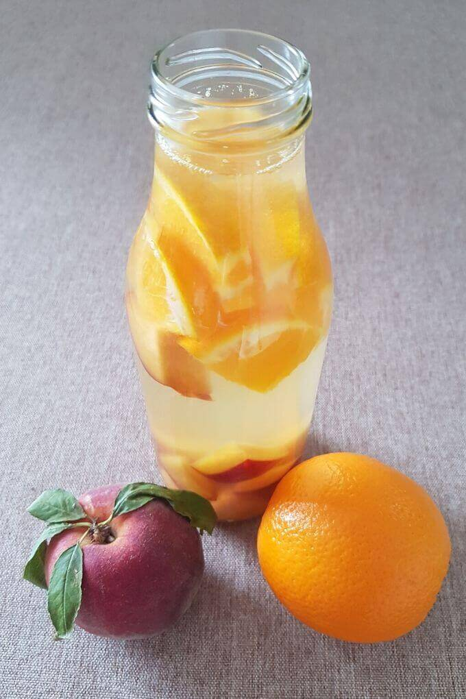 peach orange detox water